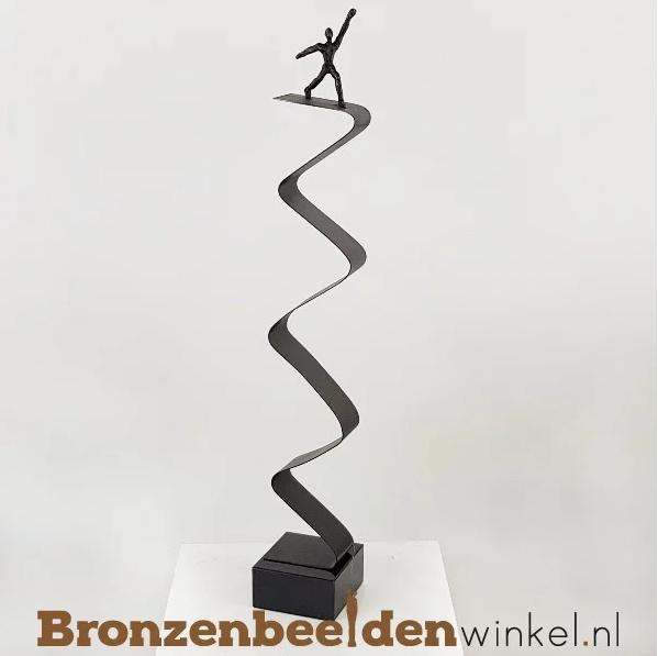 """NR 4   12,5 jaar bestaan bedrijf cadeau """"Balancerend op de Top"""" BBW007br00"""