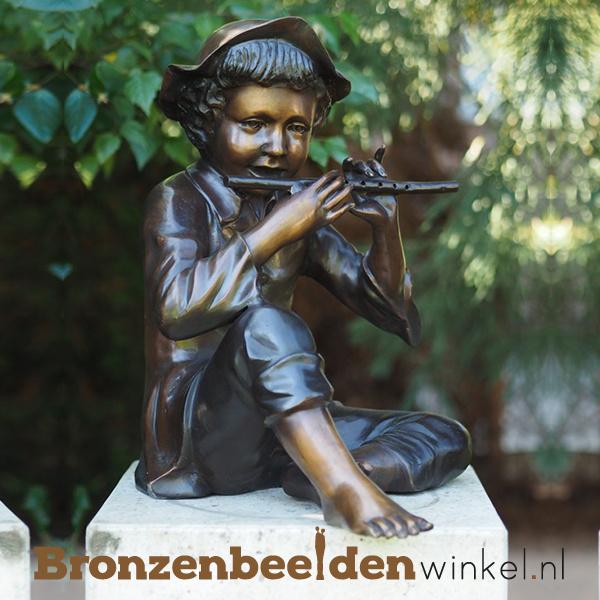 Bronzen jongen met fluit BBW57670