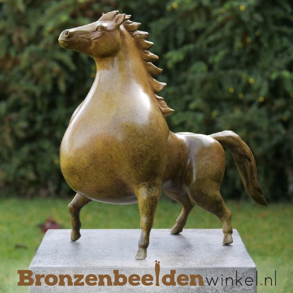 Abstract tuinbeeld paard BBW91142
