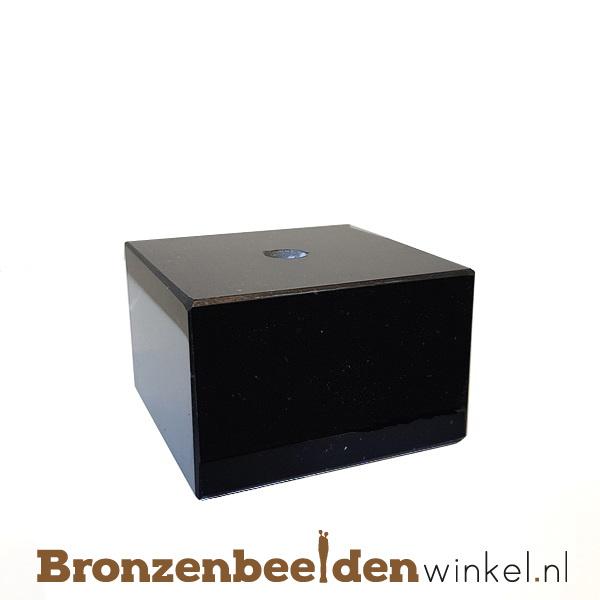 5 x Marmeren sokkel 4x6,5x6,5 cm