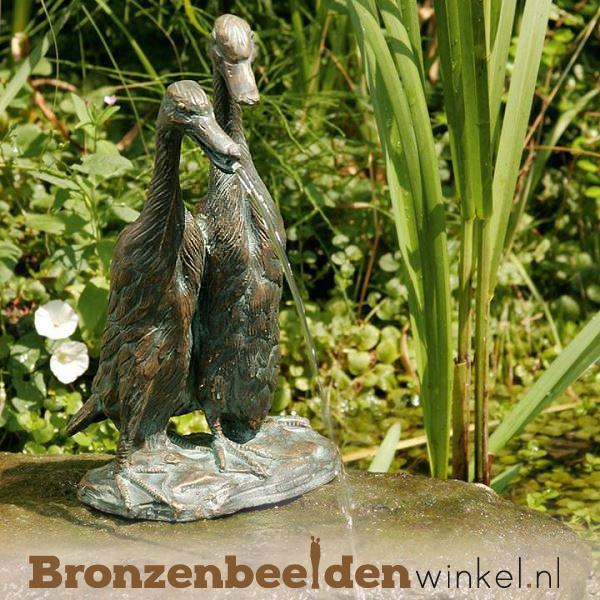 Spuitfiguur twee bronzen eenden fontein BBWR88777