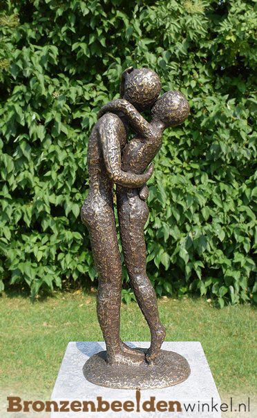beeld liefdespaar, tuinbeeld liefde