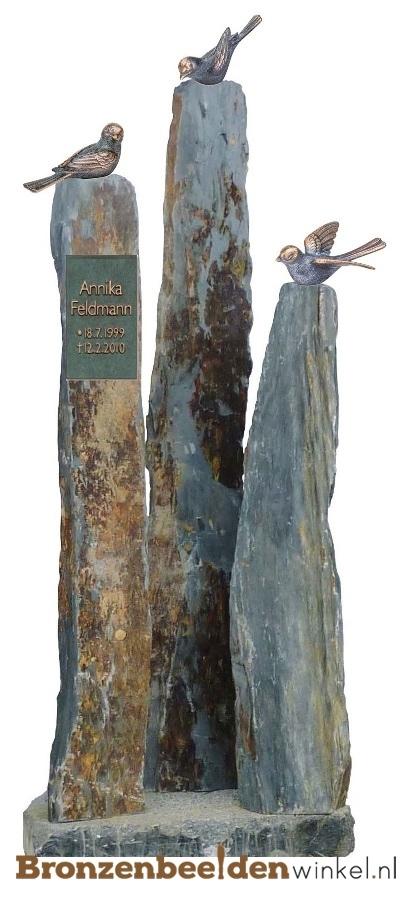 ruwe grafsteen, grafsteen vogels