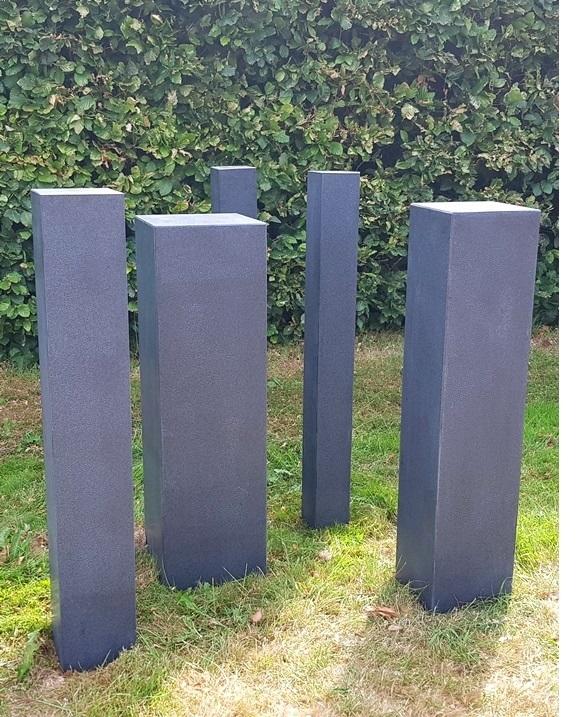 sokkels gezoet zwart graniet, zwart granieten sokkels gezoet