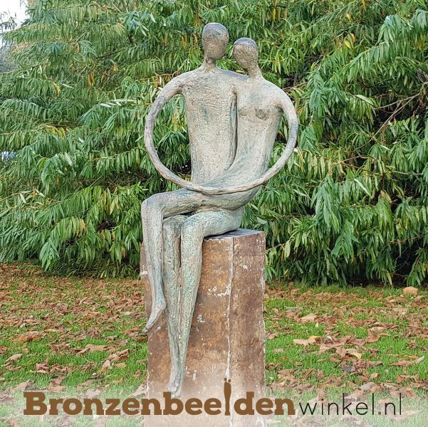 liefdes tuinbeeld brons