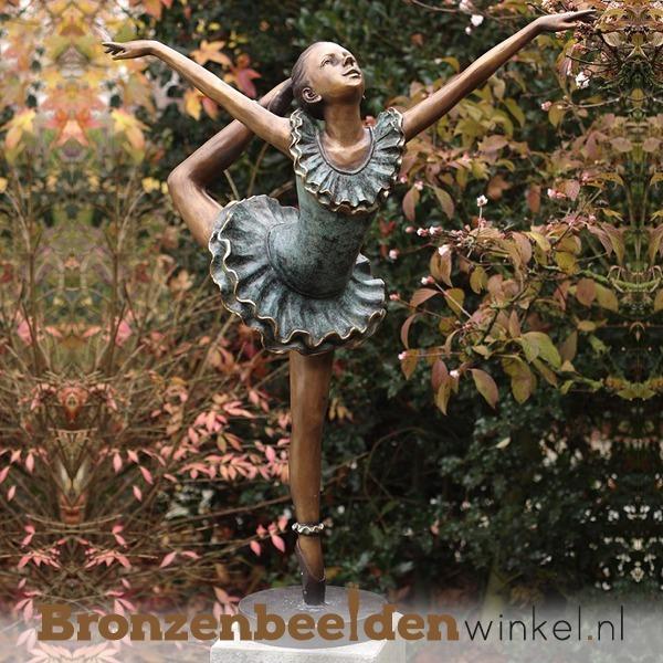 tuinbeeld ballerina
