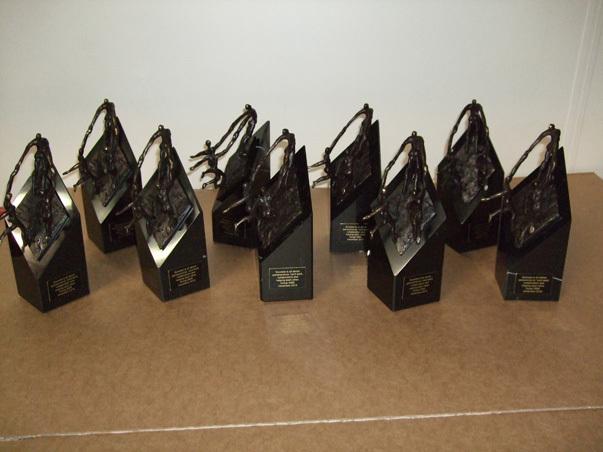 Kleine beeldjes brons Schiedam