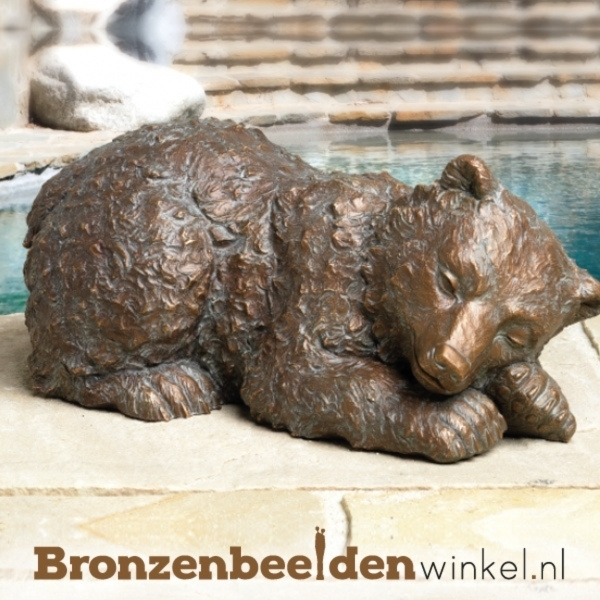Bronzen beer, beeld beer