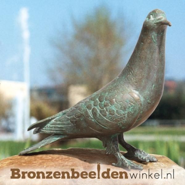 duiven beelden, bronzen duif