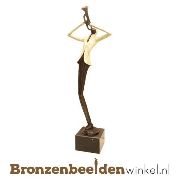 Muziekbeeldjes van brons, bronzen muziekbeeldjes