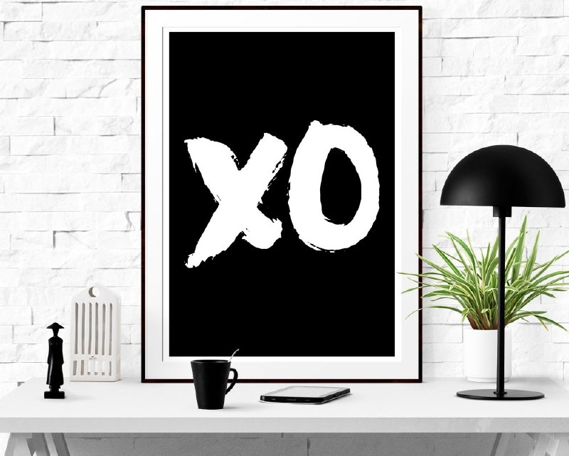 Trendy Poster XO