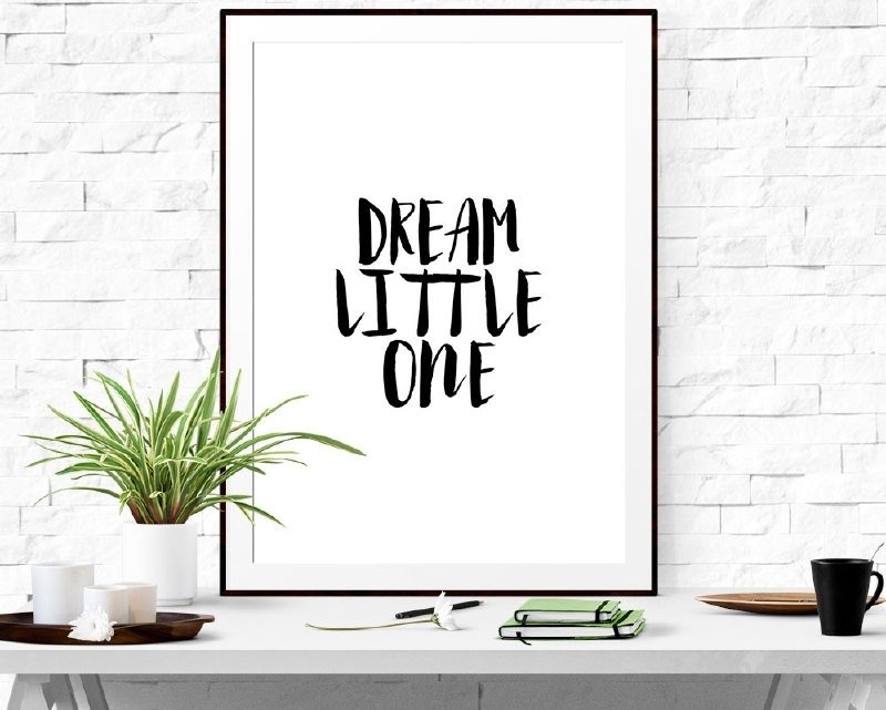 Poster met motivatie tekst Dream Little One