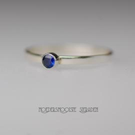 Zilveren ring met 3 mm Saffier