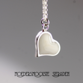 Moedermelk Collier Acceptance
