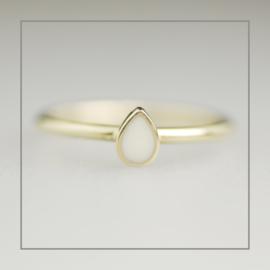 Ring Floral Drop of Milk