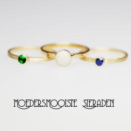SET Dyonisus- moedermelkring en twee geboortesteen-ringen goud