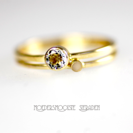 SET: Moedermelkring Lana met gouden ring geboortesteen 4 mm
