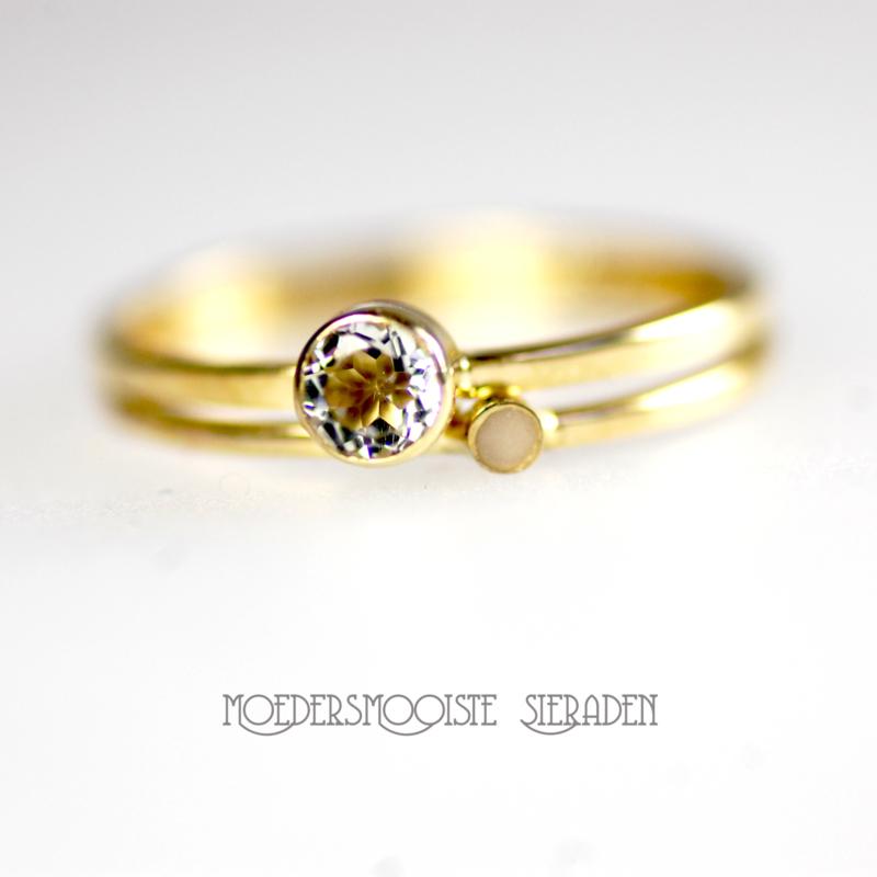SET Aphrodite -  moedermelkring  met gouden ring geboortesteen 4 mm
