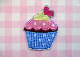 Strijkapplicatie cupcake blauw met hartje
