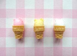 Miniatuur ijsje Hello Kitty