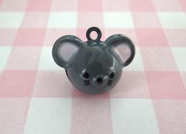 Belletje grijze muis