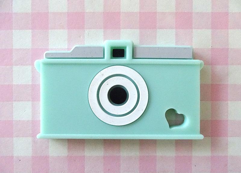 Teether camera mint