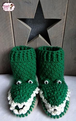 Haakpakket pantoffels krokodil