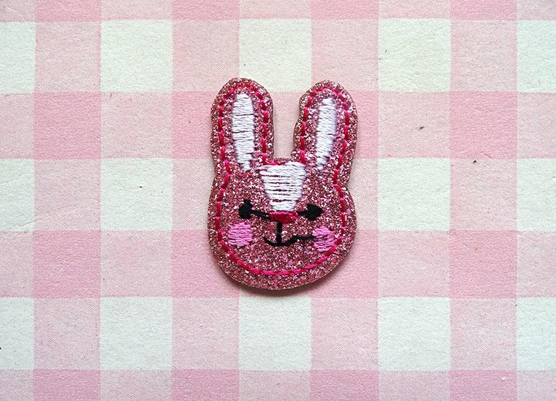 Strijkapplicatie konijntje glitter