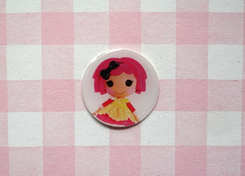 Epoxy sticker Lalaloopsy roze