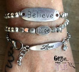 Armbandenset Silver Believe Hope Love