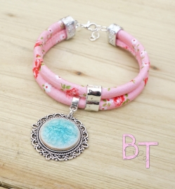 Ibiza Summer 2015 mix & match armband flowers pink met keramiek crackle steen