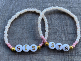 M&M armbandjes voor zussen / BFF's