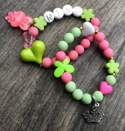 Kralenpakketje roze/groen met naam