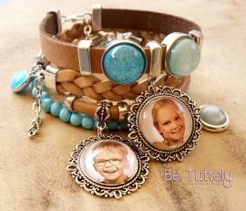 Foto armbandenset nude/turquoise met 2 foto's  en vele bedels
