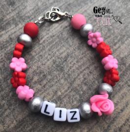 Armbandje naam Pink Red Flowers met naam