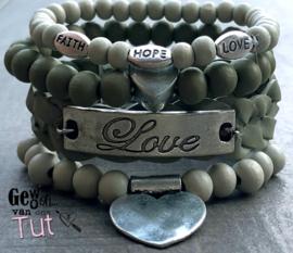 Armbandenset Love in green