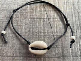 M&M satijn armbandje schelp (meer kleuren mogelijk)