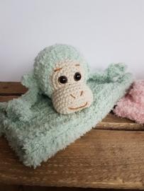 Garenpakket: By Bets Aapje Ap knuffeldoekje en rammelaar met Softy Groen