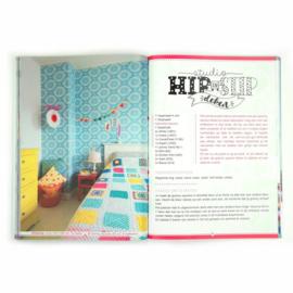 Haken met Studio Hip en Stip
