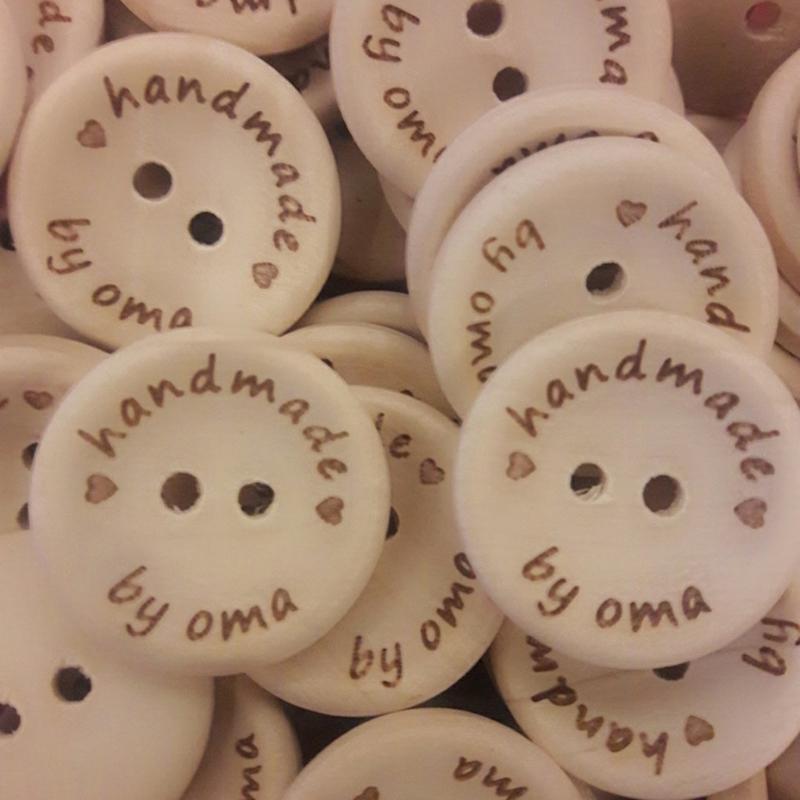 Houten knoop Handmade by oma