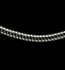 Halsketting platinum 45cm, middel