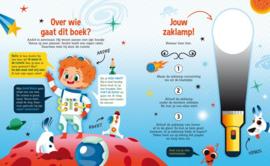 Speuren in de ruimte | Zaklamp boek