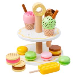 Houten Etagère met Zoetige Snacks