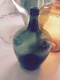 Groene slanke fles