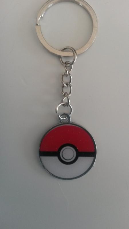 sleutelhanger  pokemonbal