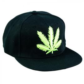 Cappello nero con foglie verdi UV fluorescenti