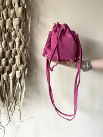 Suède pouch crossbody bag - fuchsia