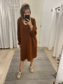 Teddy V-pull dress - brick/brown