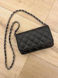 Leather classic crossbody - black
