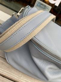 Leather crossbody bag - light blue